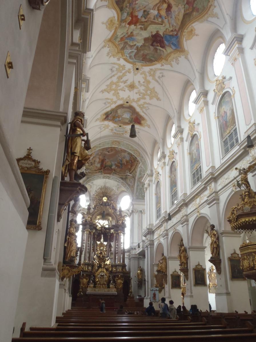 Interior de Peterskirche