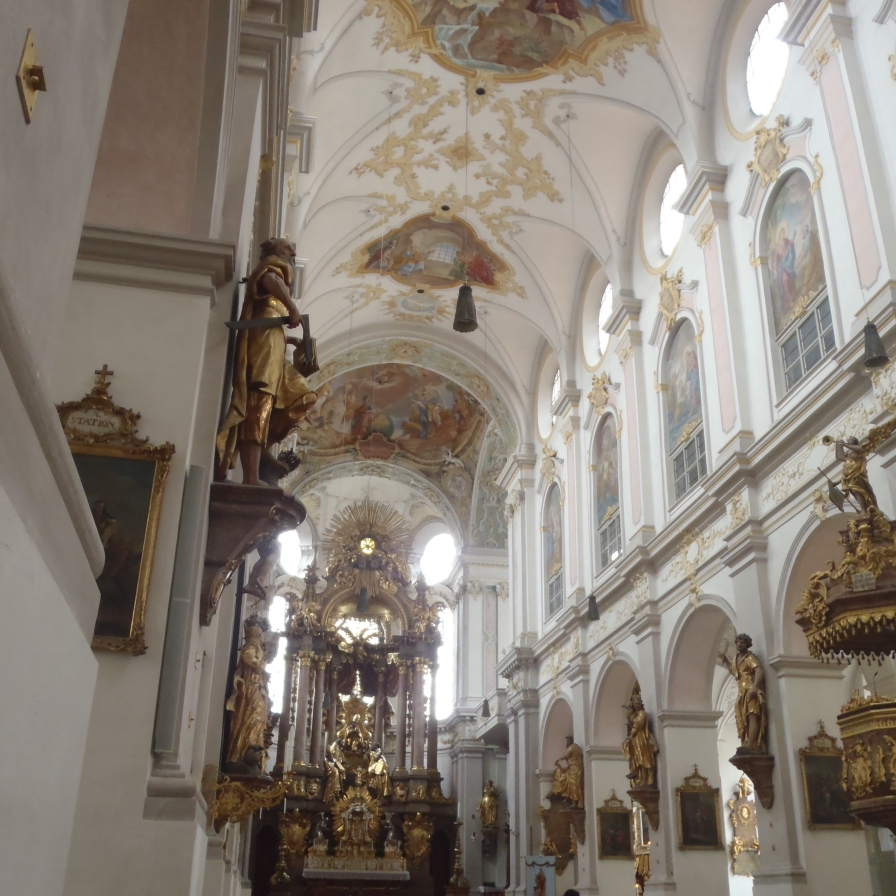 Interior de Peterskirche